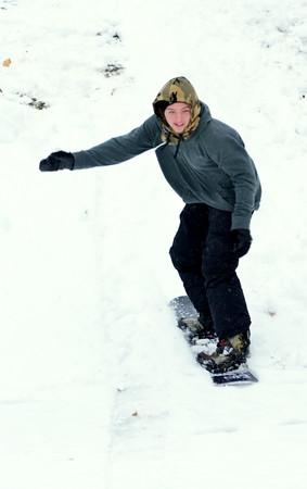 1213 snow boarder