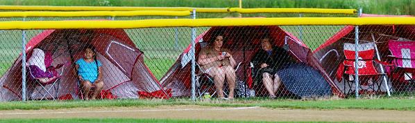 0707 wet baseballfans 1