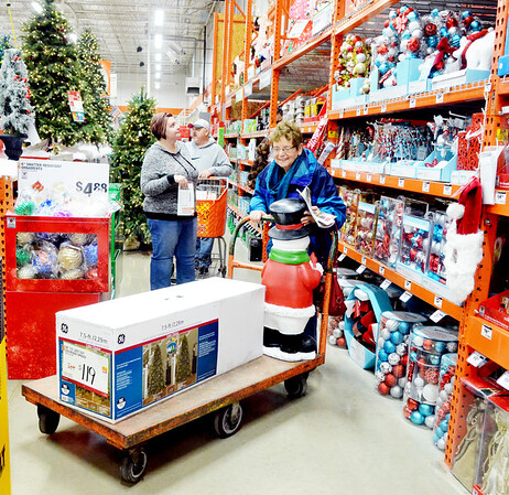 1128 friday shoppers 2