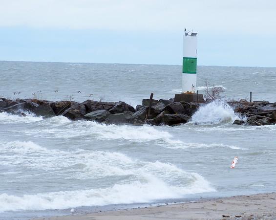 1216 waves smash