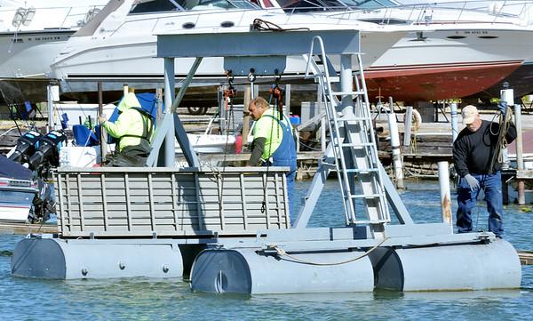 1016 dock work