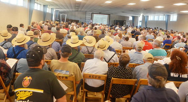 WARREN DILLAWAY / Star Beacon<br /> MORE THAN 350 people attended a Thursday evening meeting to discuss the upcoming tax increase on land used    for farming.