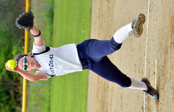 WARREN DILLAWAY / Star Beacon<br /> LEXI ZAPPITELLI of Conneaut pitches on Thursday during a Division II district semifinal  at the Jefferson Area Girls Softball Complex.
