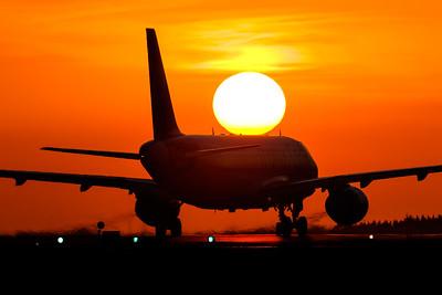 Sunset / Faro airport, Portugal