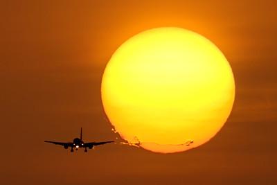 Wing vortex / Faro airport, Portugal