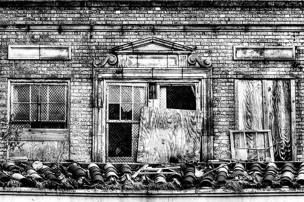 Baker Hotel, back side above parking area, N side of hotel, Mineral Wells, TX (Oct 2014, HDR)
