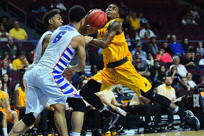 Continental Tire Las Vegas Classic: DePaul vs. Wyoming