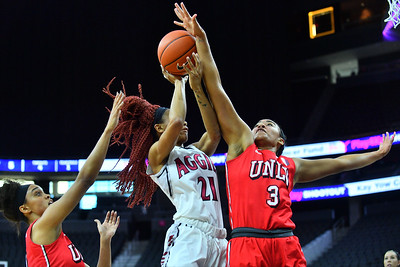 Play4Kay Shootout: New Mexico State vs. UNLV