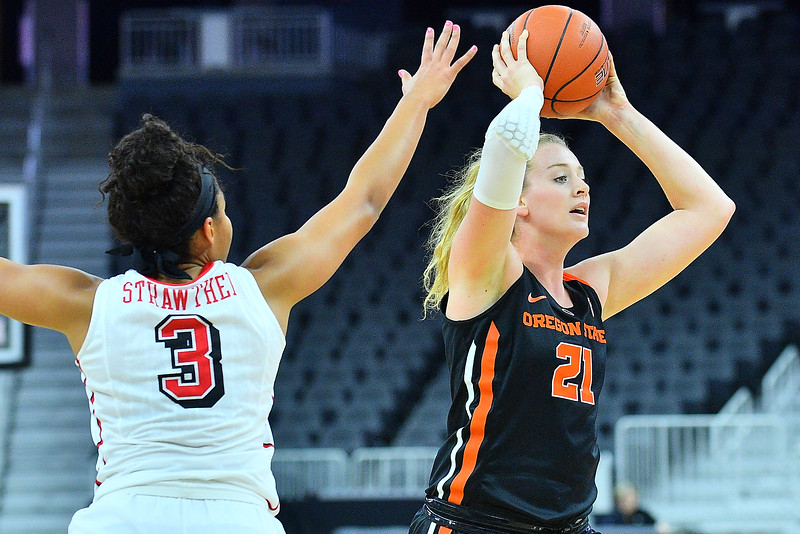 Play4Kay Shootout: Oregon State vs. UNLV