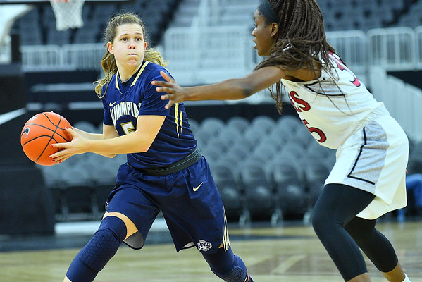 Play4Kay Shootout: New Mexico State vs. Quinnipiac