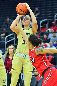 Play4Kay Shootout: South Florida vs. UNLV