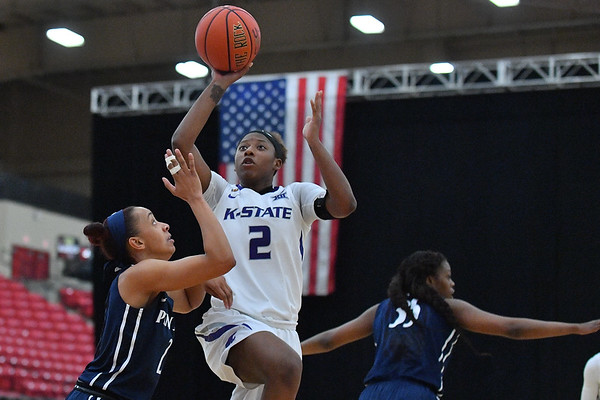 LAS VEGAS, NV - NOVEMBER 25:  Cymone Goodrich #2 of the Kansas State Wildcats against Amari Carter #2 of the Penn State Lady Lions during the SouthPoint Thanksgiving Shootout at SouthPoint Casino on November 25, 2017 in Las Vegas, Nevada.  (Photo by Sam Wasson for Kansas State)