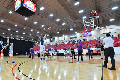LAS VEGAS, NV - NOVEMBER 25:  Kansas State Wildcats warms up before their game against the Penn State Lady Lions the SouthPoint Thanksgiving Shootout at SouthPoint Casino on November 25, 2017 in Las Vegas, Nevada.  (Photo by Sam Wasson for Kansas State)