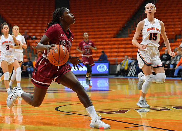 EL PASO, TEXAS - NOVEMBER 23, 2019:  Soufia Inoussa #11 of the New Mexico State Aggies drives to the basket  against the UTEP Miners during their game at the Don Haskins Center on November 23, 2019 in El Paso, Texas. The Miners defeated the Aggies 65-45.  (Photo by Sam Wasson/bleedCrimson.net)