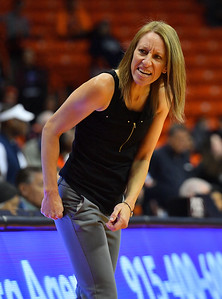 EL PASO, TEXAS - NOVEMBER 23, 2019:  Head coach Brooke Atkinson of the New Mexico State Aggies  shouts to her bench during their game against the UTEP Miners at the Don Haskins Center on November 23, 2019 in El Paso, Texas.  (Photo by Sam Wasson/bleedCrimson.net)
