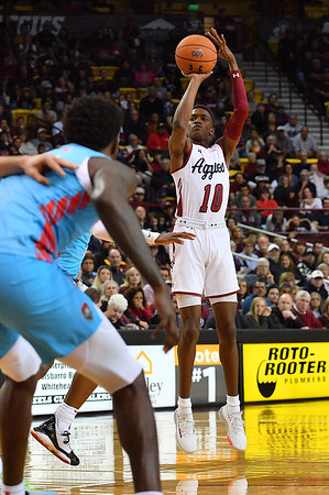 LAS CRUCES, NEW MEXICO - NOVEMBER 21, 2019:  Jabari Rice #10 of the New Mexico State Aggies shoots against the New Mexico Lobos during their game at The Pan American Center on November 21, 2019 in Las Cruces, New Mexico. The Lobos defeated the Aggies 78-77.  (Photo by Sam Wasson/bleedCrimson.net)