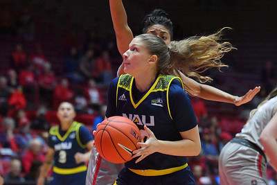 ALBUQUERQUE, NEW MEXICO - NOVEMBER 08, 2019:  Nina Radford #30 of the Northern Arizona Lumberjacks looks to shoot against the New Mexico Lobos during their game at Dreamstyle Arena - The Pit on November 08, 2019 in Albuquerque, New Mexico.  (Photo by Sam Wasson for NAU Athletics)