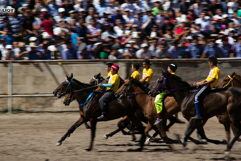 horse races in kyrgyzstan