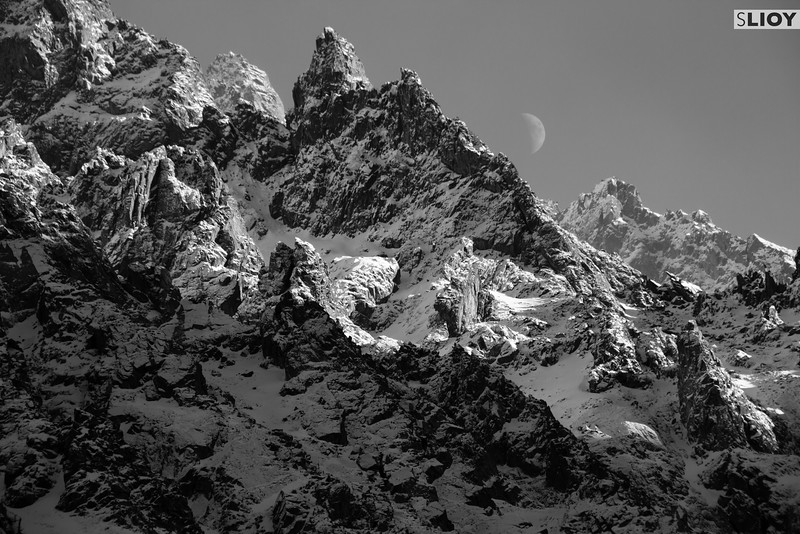 Snowy mountains in black and white