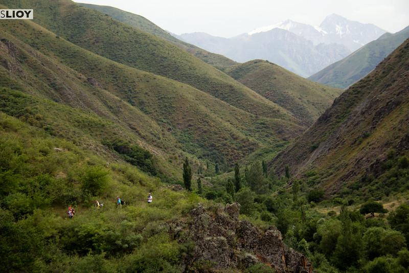 trekking in kyrgyzstan
