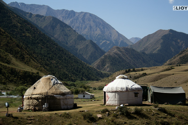 yurts in shamsi canyon