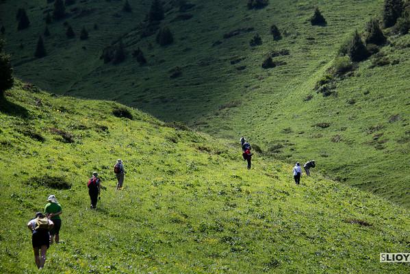 kyrgyzstan trekking union