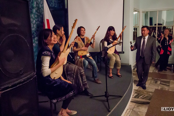 kyrgyzstan traditional music