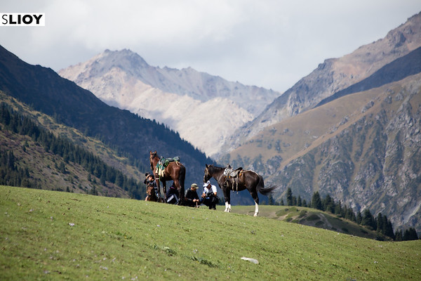 Horsemen gather on the Kyrchyn jaillo to watch events at World Nomad Games 2016 in Kyrgyzstan.