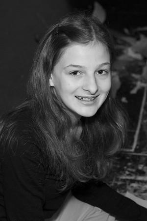 Lauren Simanek,9
