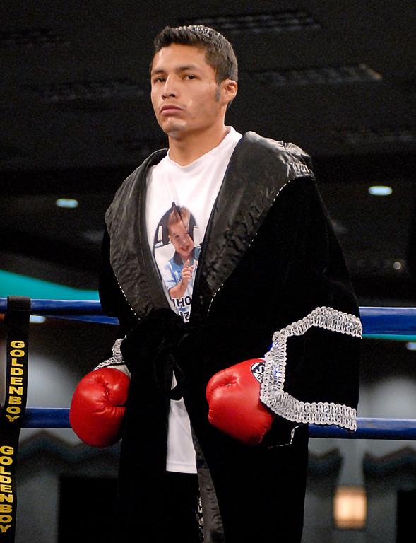 (3.30.2007 - Desert Diamond Casino)  Jhonny Gonzalez enters the ring prior to his WBO Bantamweight Championship bout with Irene Pacheco.