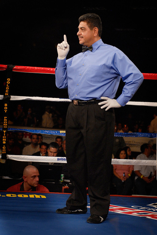 (11.3.2007 -- Tucson, Arizona)  Referee Nico Perez<br /> <br /> <br /> Images from the November 3, 2007 Golden Boy Productions fight card at the Desert Diamond Casino.