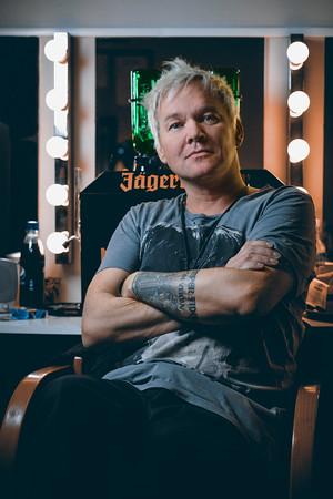 Comedian Kristian Valen backstage