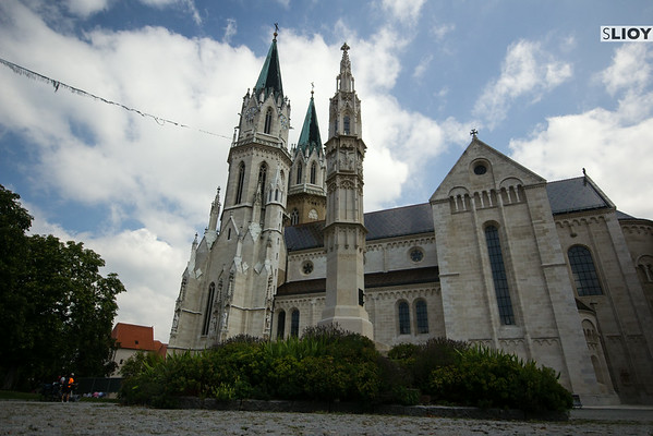 church at klosterneuburg