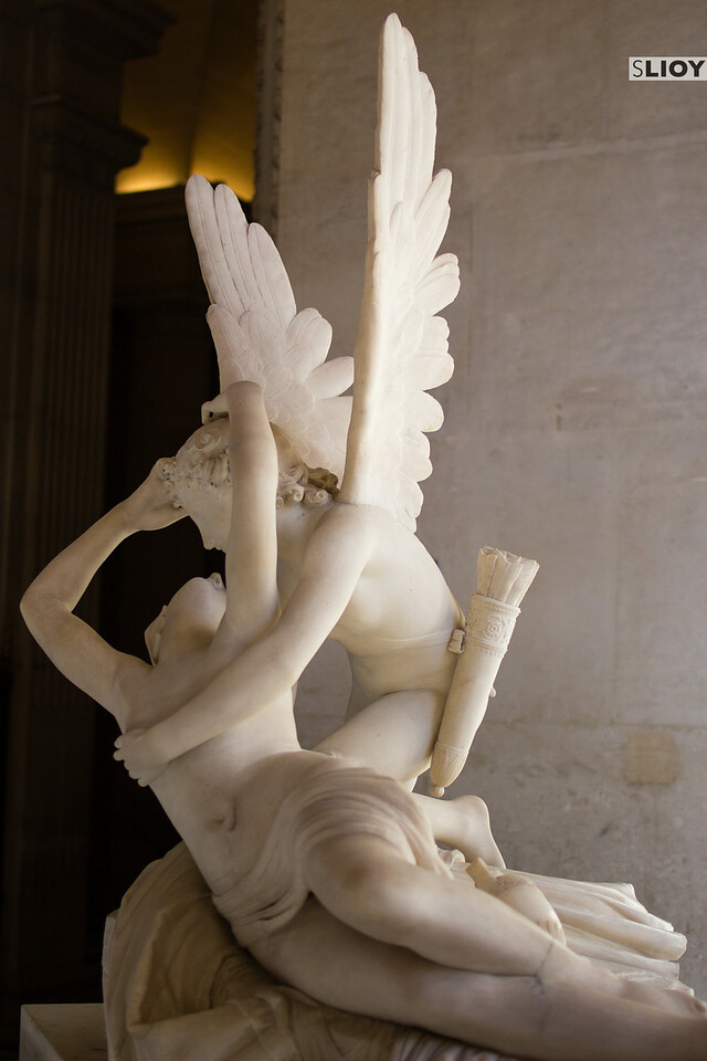 cupid and psyche statue louvre museum