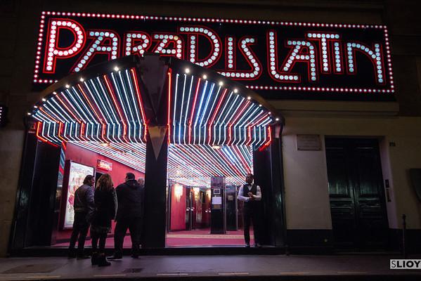 paradis latin cabaret entrance