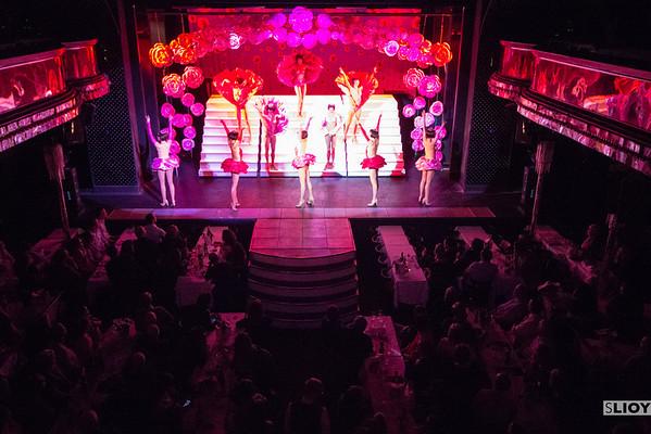 opening scene of paradis latin cabaret show