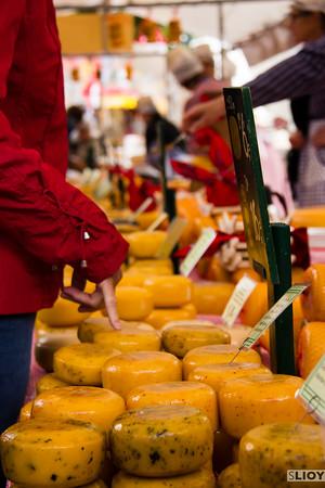 alkmaar cheese vendors