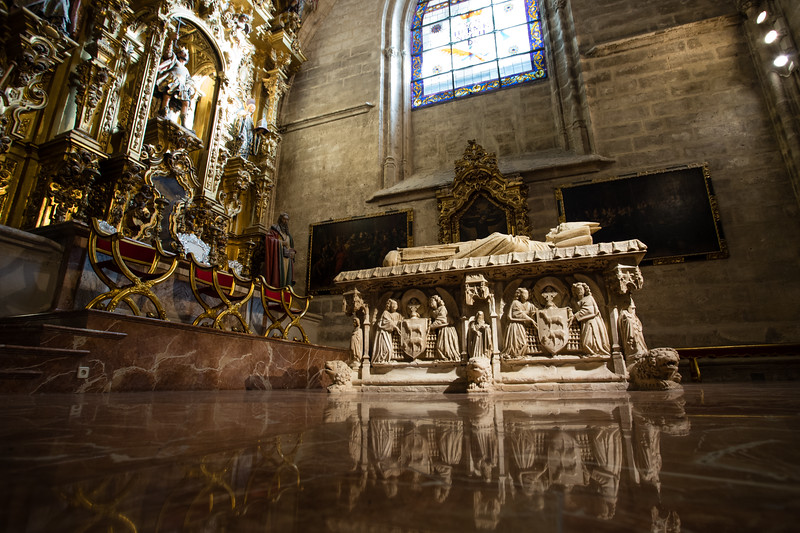 Gothic architecture of the Catedral de Sevilla in Seville, Spain.