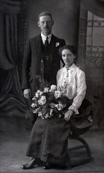 Arthur & Ellen (Nellie) Hogg