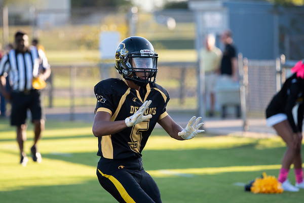 20191010 RJR JV Football vs Davie 114Ed