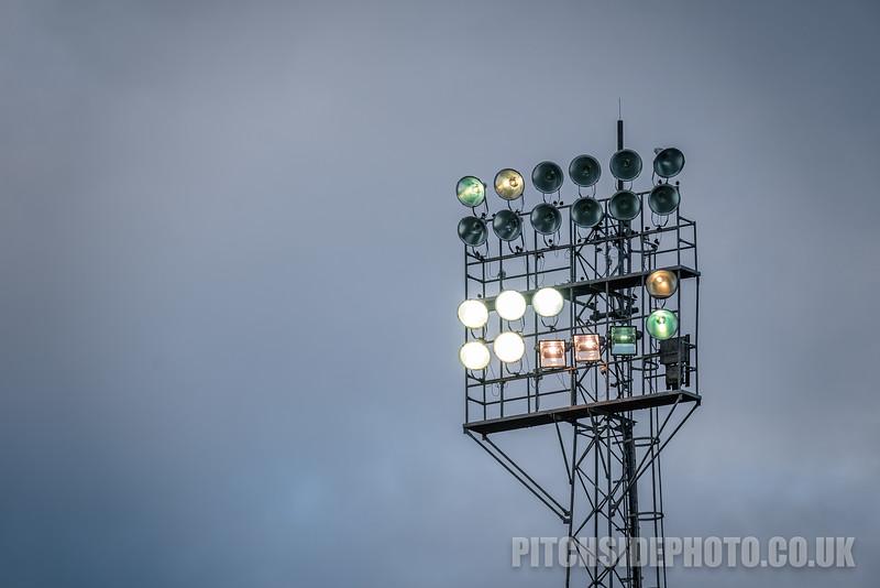 Southend United v Bradford City - SkyBet League One