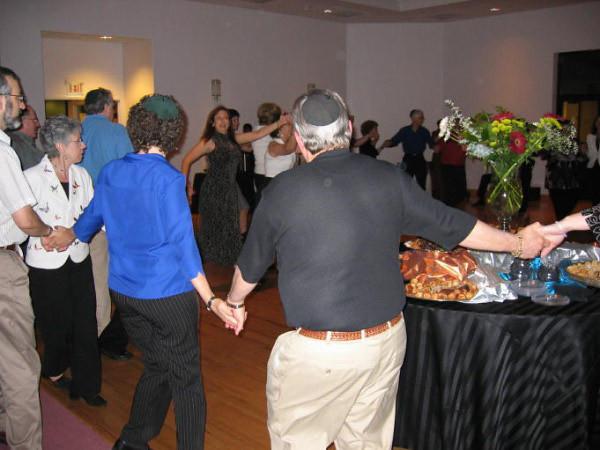 Rabbis10thDancing