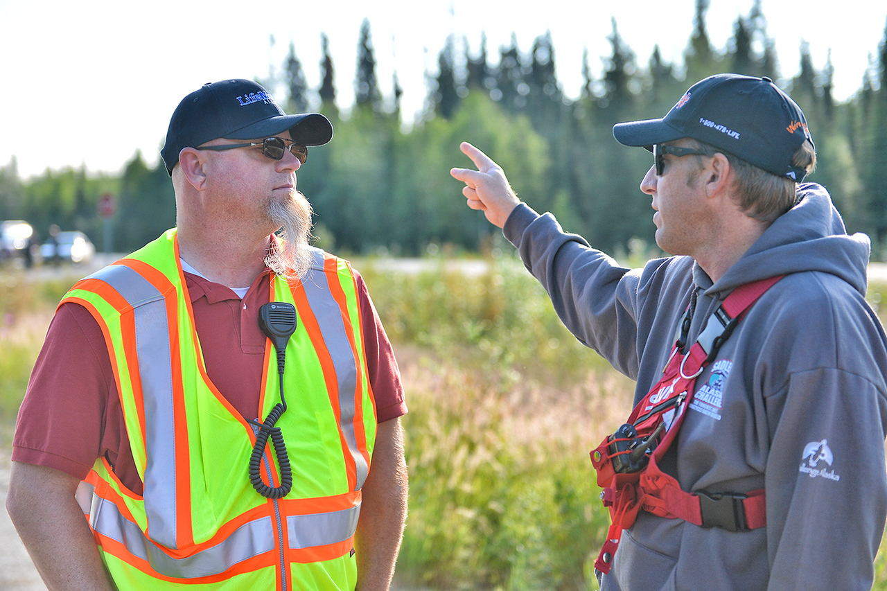 July 18, 2013: Sadler's Alaska Challenge Stage Three - Milepost 264 to Milepost 318. Ian Lawless and Jeff Dick discuss last second details prior to the start of stage three. The stage began at milepost 264 north of Nenana, AK and finished at milepost 318 north of Healy, AK.