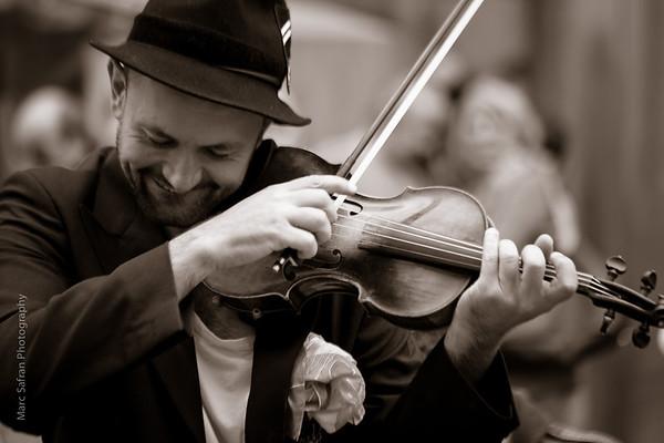 Gypsy violinist Munich, Germany