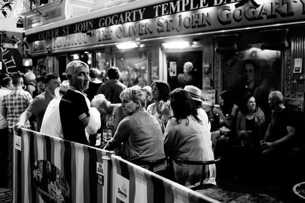 Pub scene, Dublin