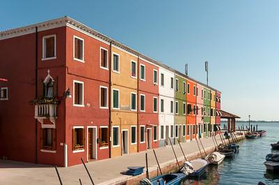 Colourful Houses along Canal, Fondamenta di Cao Moleca, Burano, Venice, Veneto, Italy