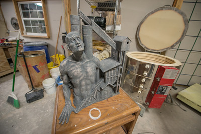 Jamie Lester_Sculptor_Painter_Artist_West Virginia_photo by Gabe DeWitt_January 14, 2015-29