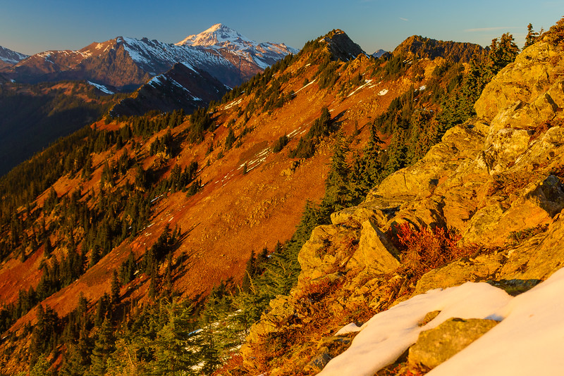 Glacier Peak in fall, Cascade Mountains, Washington