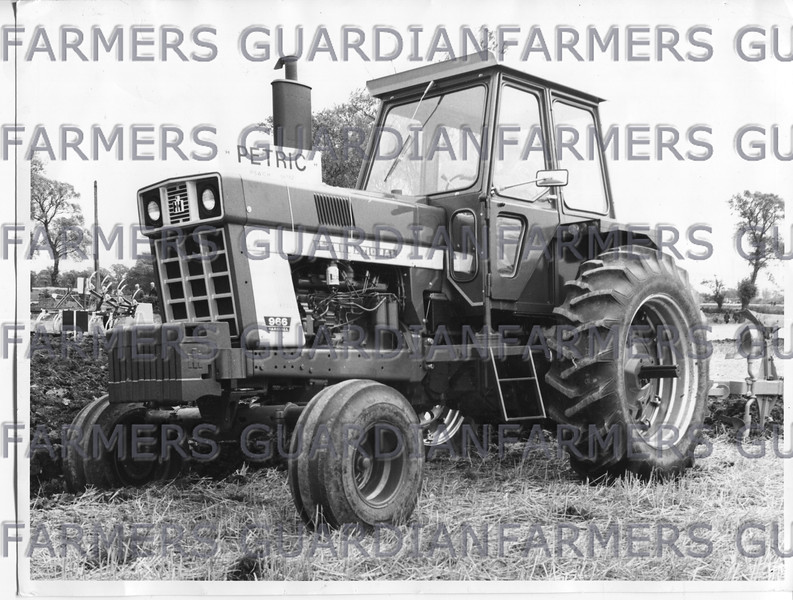 Nov 1972-IH 966 116 hp tractor