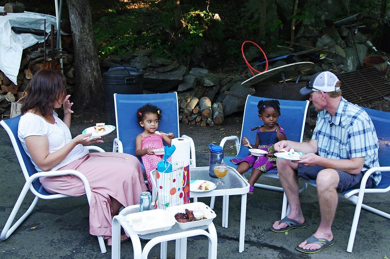 Betsy, Natsai, Kaya, Jack, Madison, CT (Aug 2015)